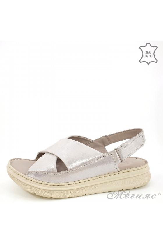 Дамски сандали от естествена кожа сребърни 462