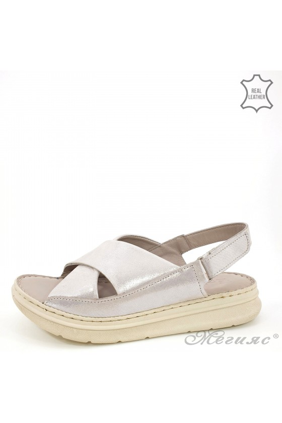 Lady sandals silver leather...