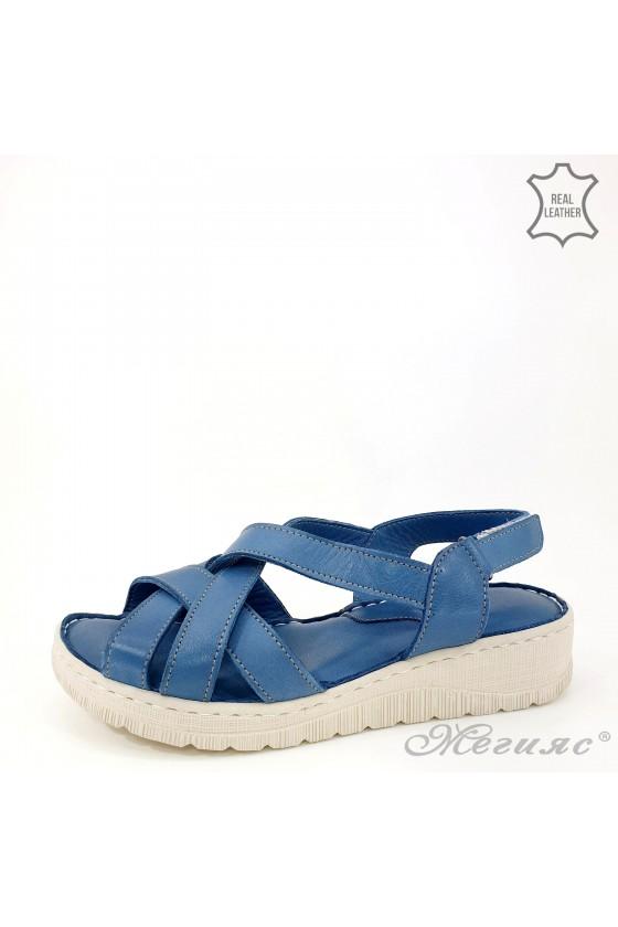 Lady sandals lt blue...