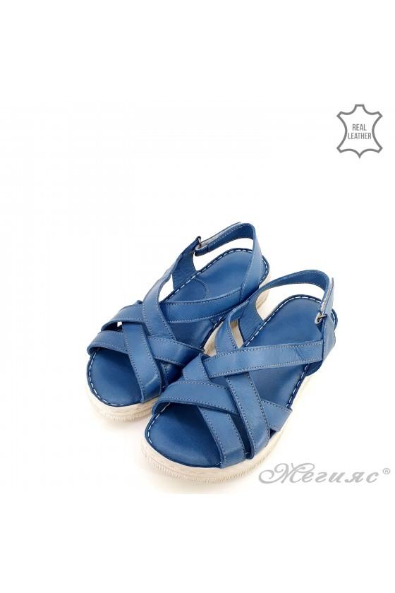 Дамски сандали от естествена кожа светло сини 232