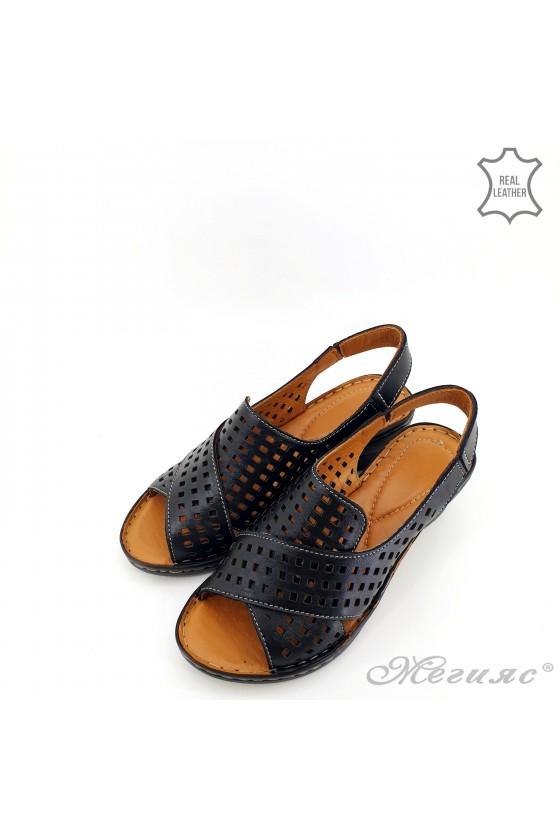 Lady sandals XXL black leather 2014-01