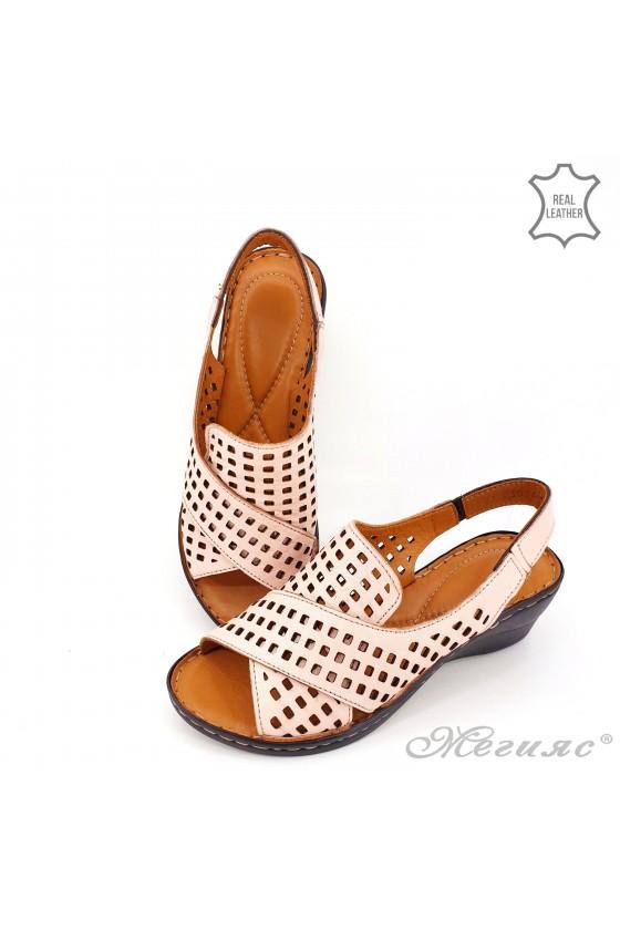 Lady sandals XXL lt pink leather 2014-09