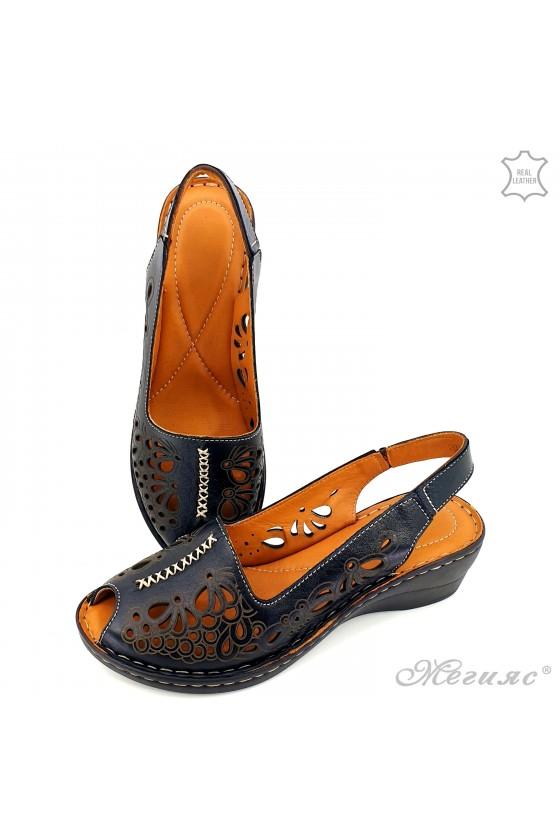 Дамски сандали от естествена кожа черни 2031-01