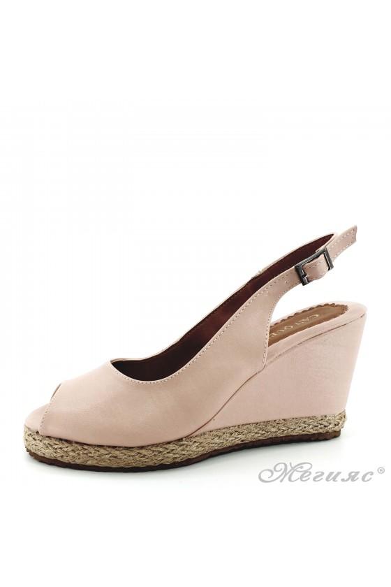 Дамски сандали пудра 116