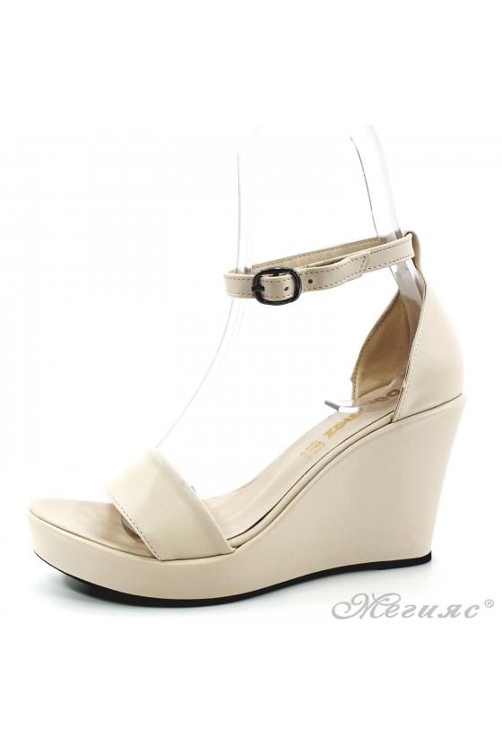 Дамски сандали от еко кожа бежови 0216