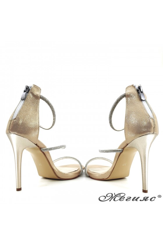 Lady sandals gold with high heels 602