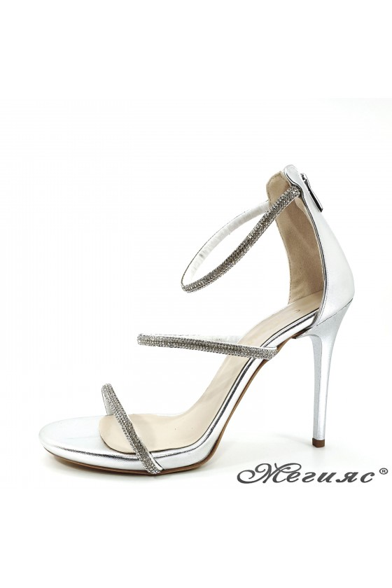 Lady sandals silver with high heels 602