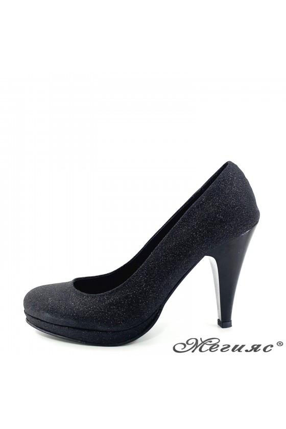 Дамски обувки с брокат черни 520
