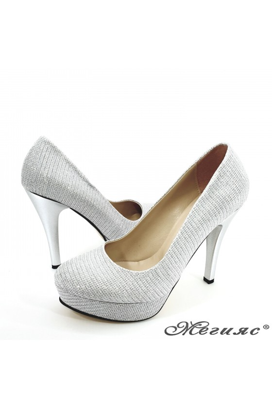 Lady shoes silver with high heels 01703