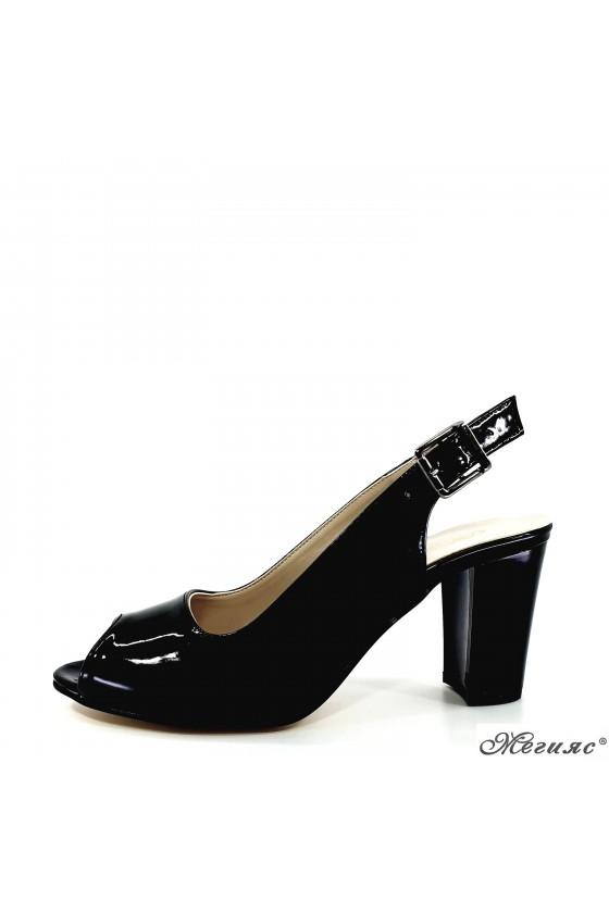 Lady sandals black shine 88