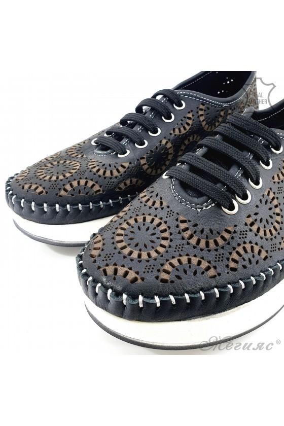 Дамски обувки CAN от естествена кожа черни 83