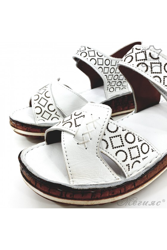 Lady sandals white leather 206