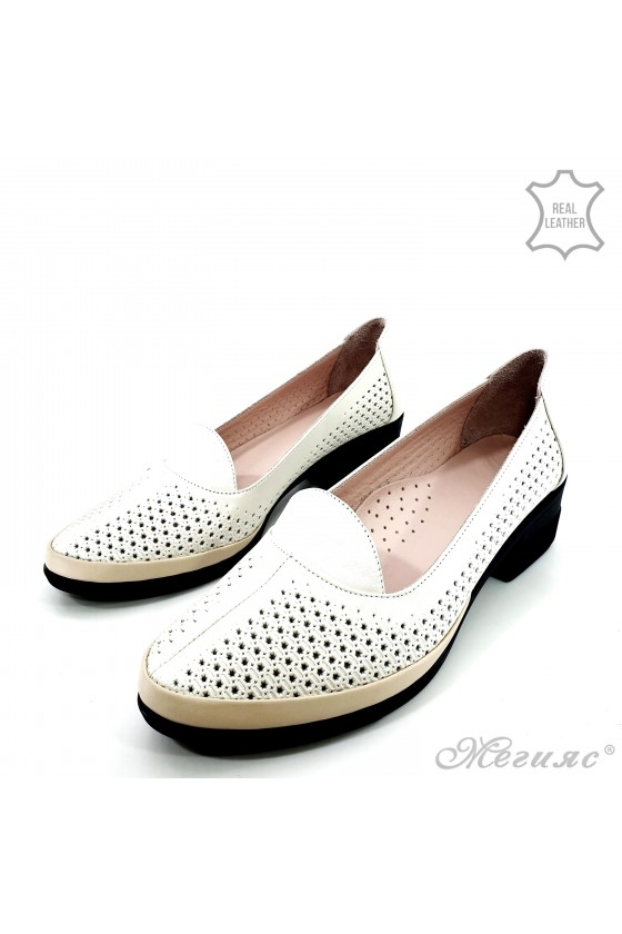 Дамски ортопедични обувки XXL от естествена кожа бежови M-06