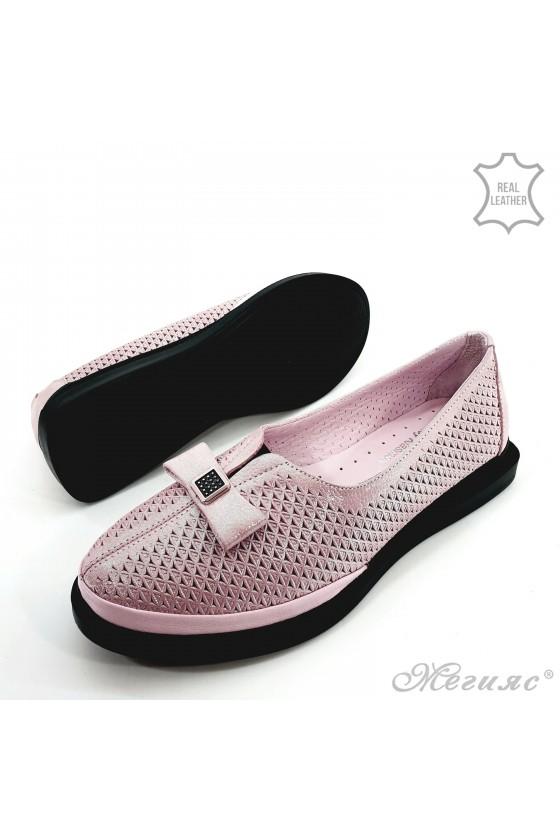 Дамски обувки от естествена кожа пудра промазано 256