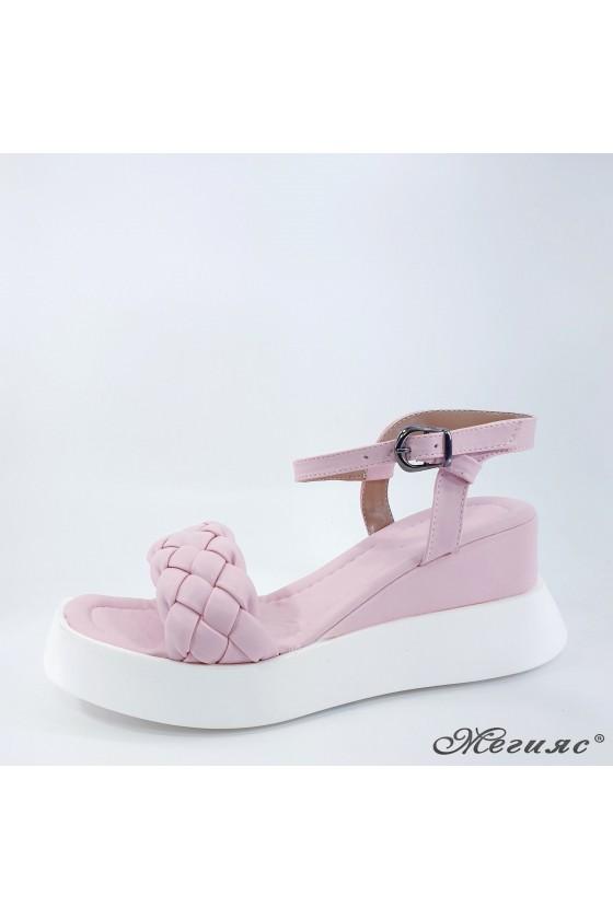 Дамски сандали пудра 635