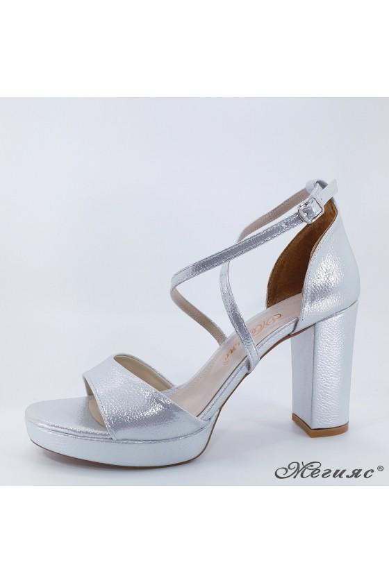 Дамски сандали сребърни 172