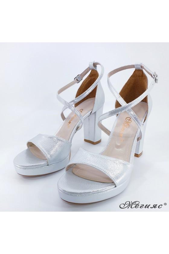 Дамски сандали сребърни промазани 172