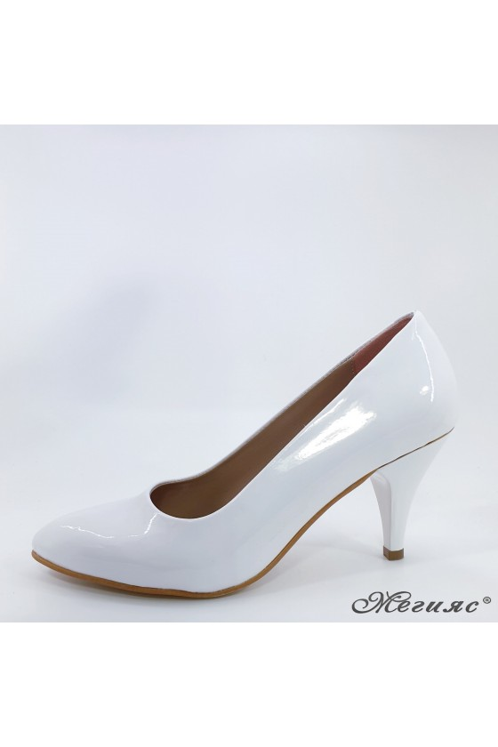 Дамски обувки ато-700 бели лак