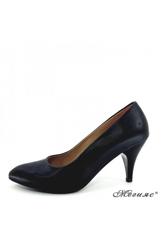 Дамски обувки ато-700 черни мат