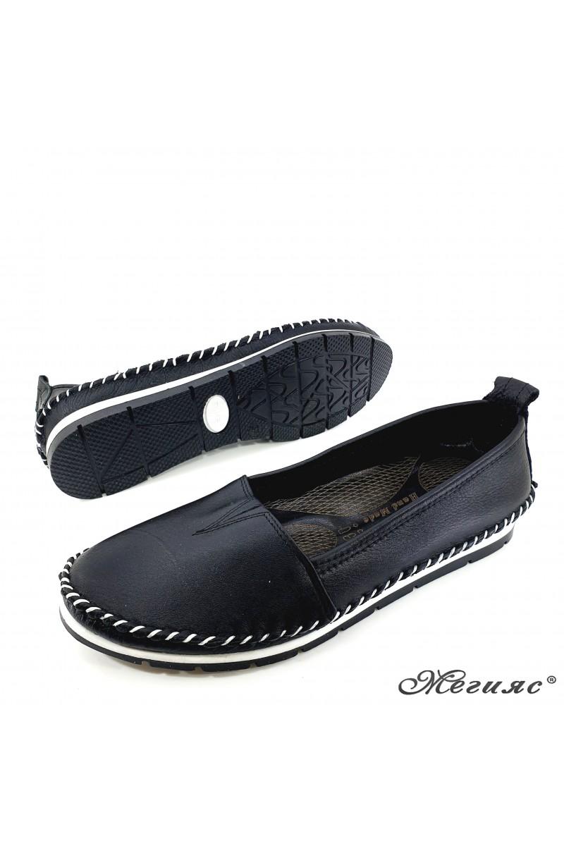 Дамски обувки CAN 63 черни от естествена кожа тип мокасини