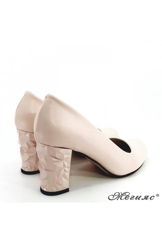 Дамски обувки от еко кожа пудра 991
