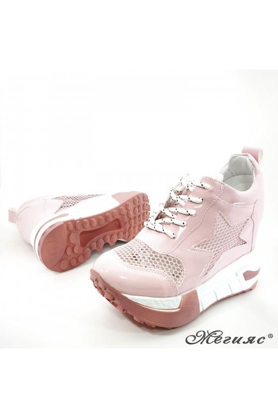 Дамски обувки на платформа розови 005