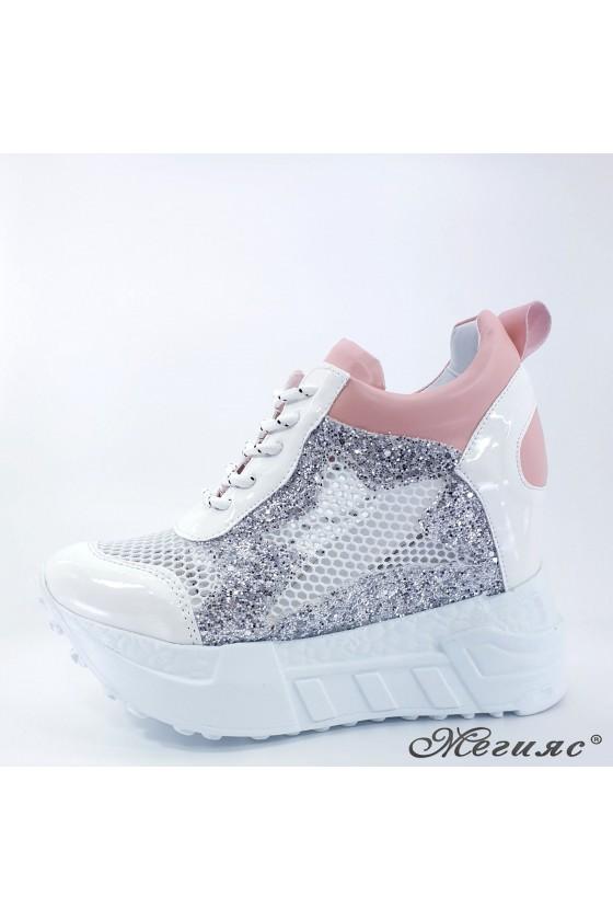 Дамски обувки на платформа бели с розово 005