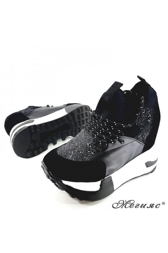 Дамски обувки на платформа черни 7523