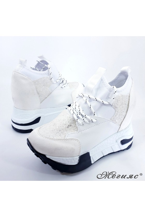 Lady shoes white pu with high platform 7523