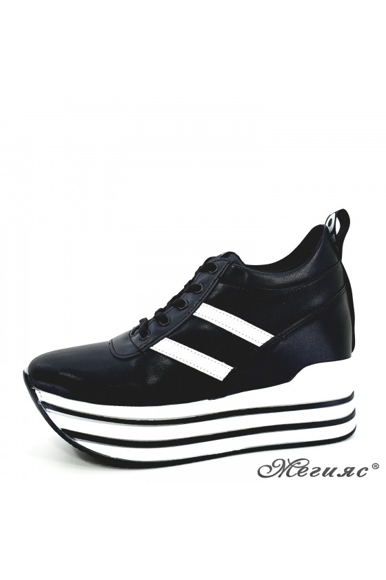 Дамски обувки черни 0526