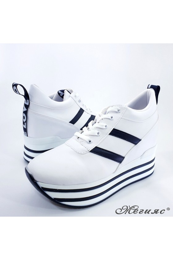 Lady shoes white with high platform 0526