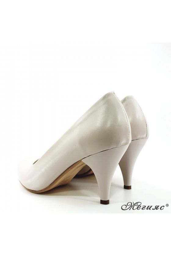 Дамски обувки от еко кожа бежови 700