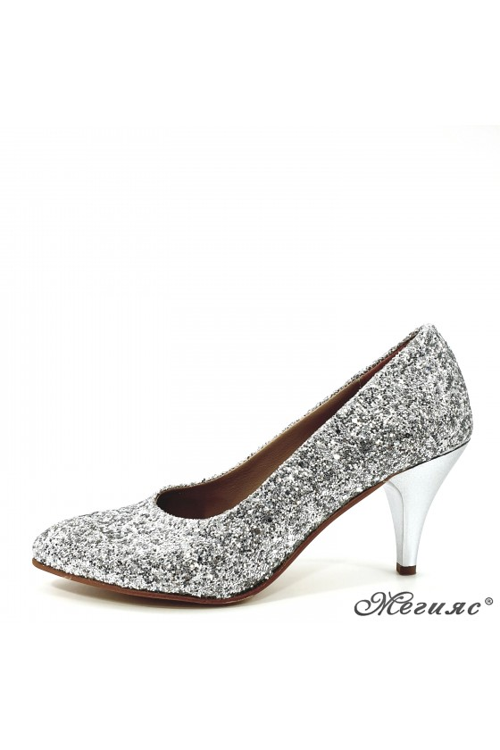 Lady shoes silver high...
