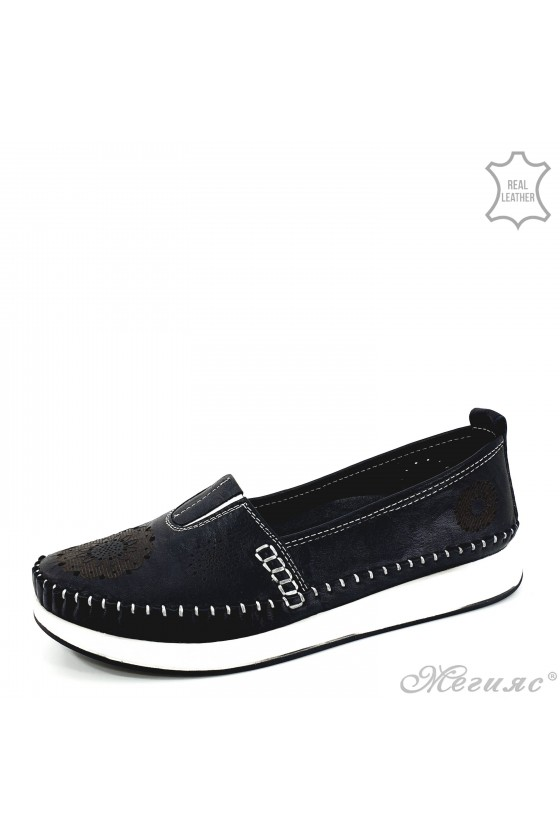 Lady shoes black leather 28