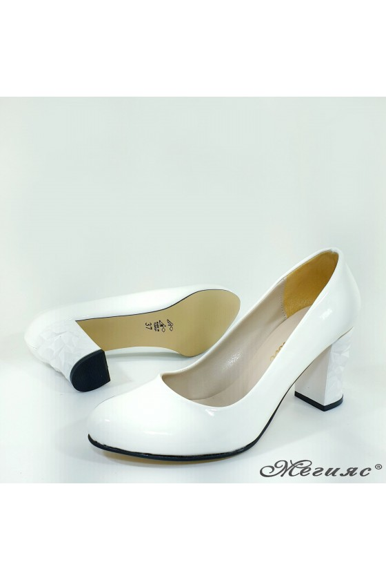 copy of Lady elegant shoes 991 white patent with middle heel