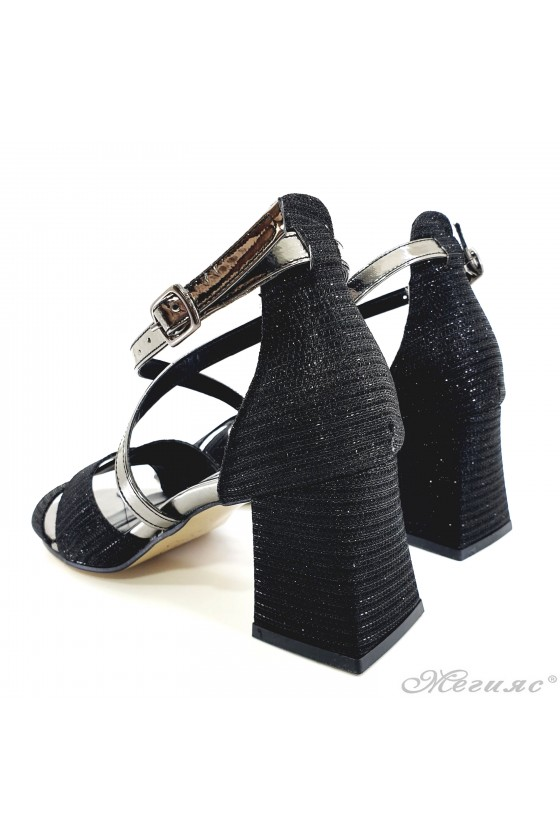 Lady black sandals with high heels 501-335