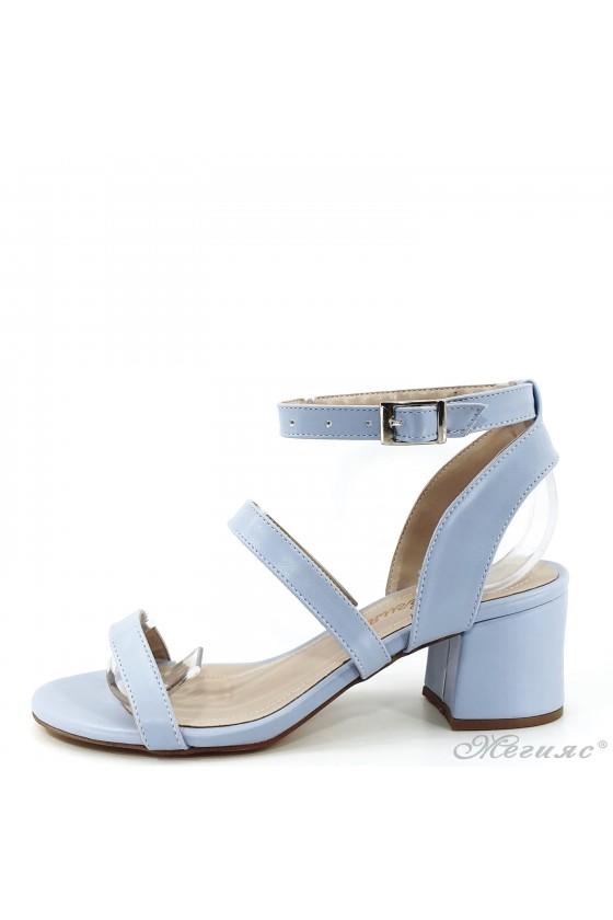 Дамски сандали на ток сини...