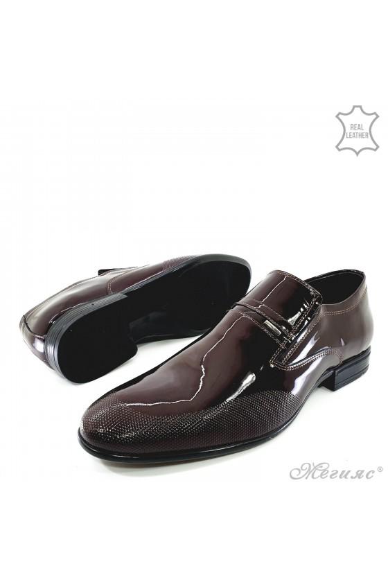 Мъжки обувки от естествен лак бордо 12208-57