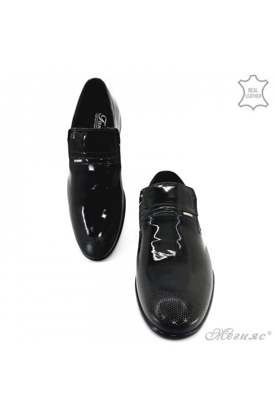Мъжки обувки от естествен лак черни 12208-57