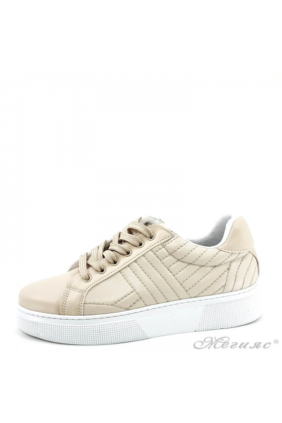 3137 Lady sports shoes...