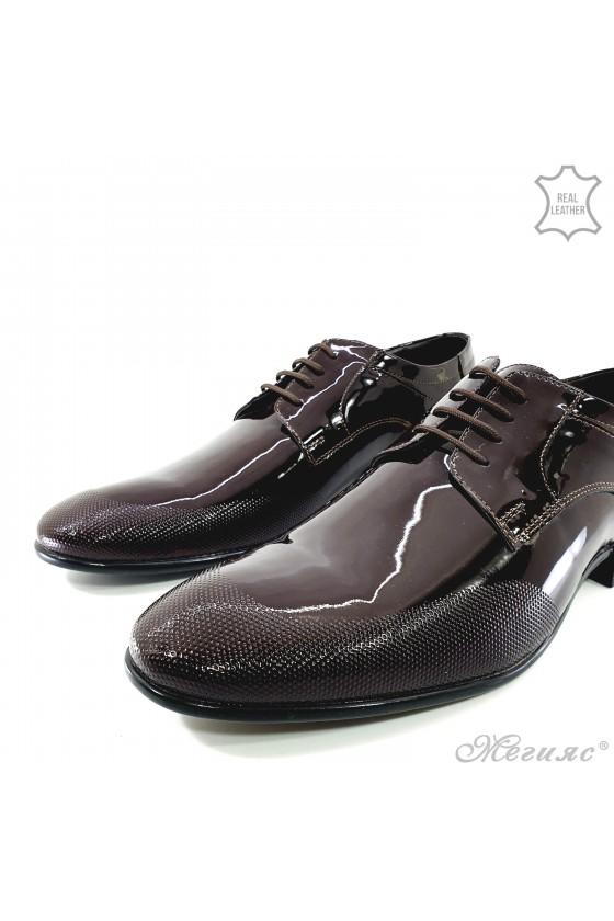 Мъжки елегантни обувки от естествен лак бордо 12209-57