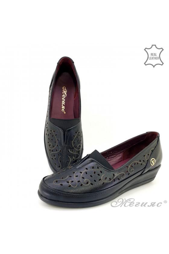 Дамски обувки 1001  черни от естествена кожа с платформа