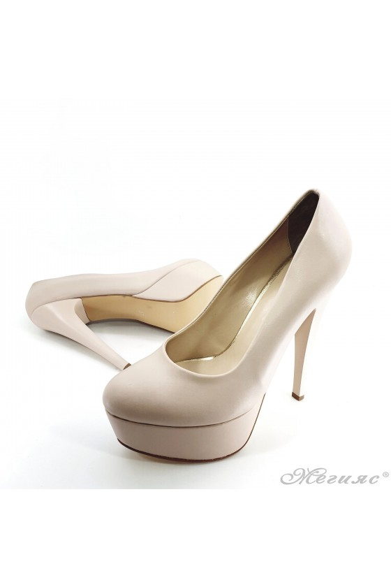 Lady shoes with high heels beige pu 51