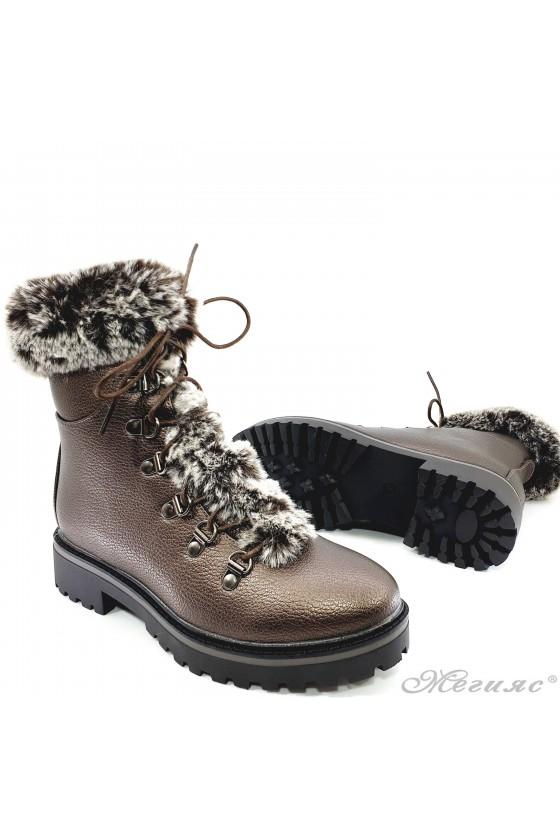 Women boots CASSIE 19-1466 brown pu with fur
