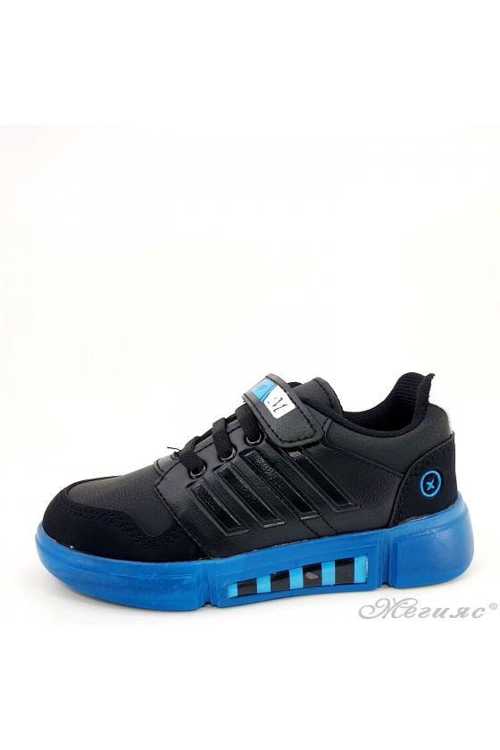 Детски маратонки черно и синьо
