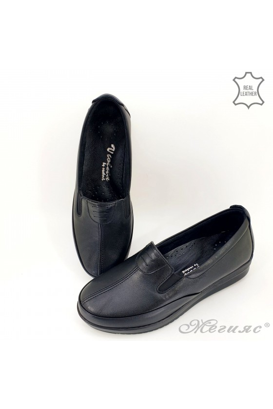 Lady shoes black leather 014