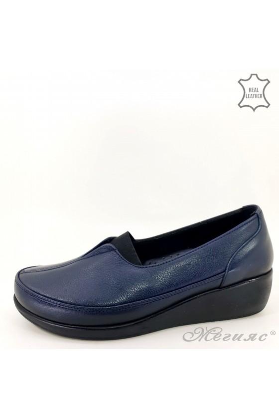 Дамски ортопедични обувки тип мокасини от естествена кожа сини