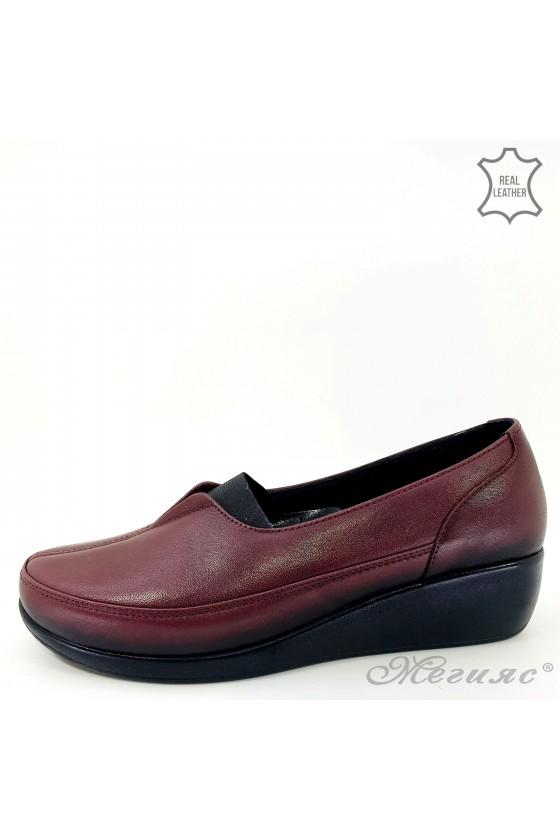 Дамски ортопедични обувки тип мокасини от естествена кожа бордо