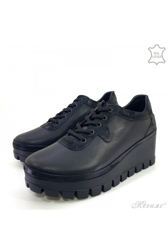 Lady platform shoes black leather 115-271