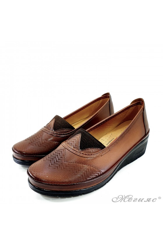 Lady platform shoes lt. brown pu 305-11